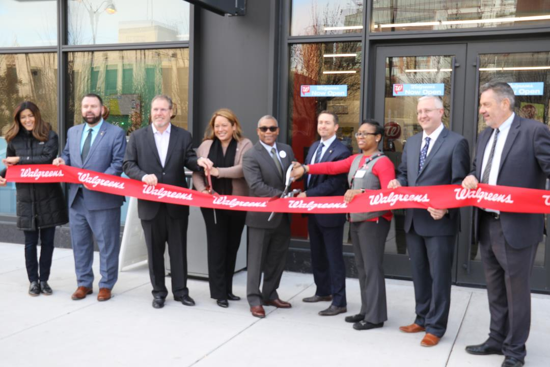 West Loop welcomes Walgreens to Randolph Street