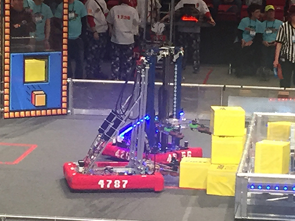 Chicago Connectory Hosts Robotics Team at Local Competitions