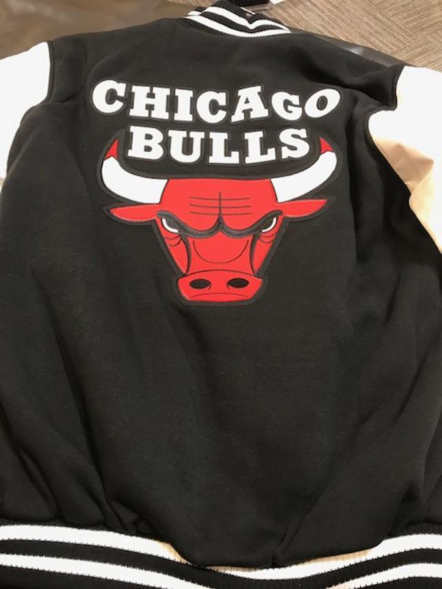 JH Design Chicago Bulls Reversible Jacket