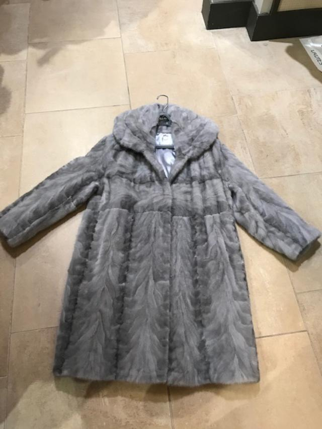 DE FURS LADIES MINK SECTION 3/4 JACKET GREY