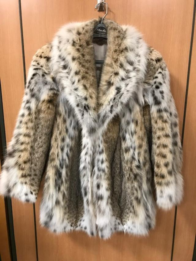 Chosen Furs Women's Natural lynx Fur Jacket