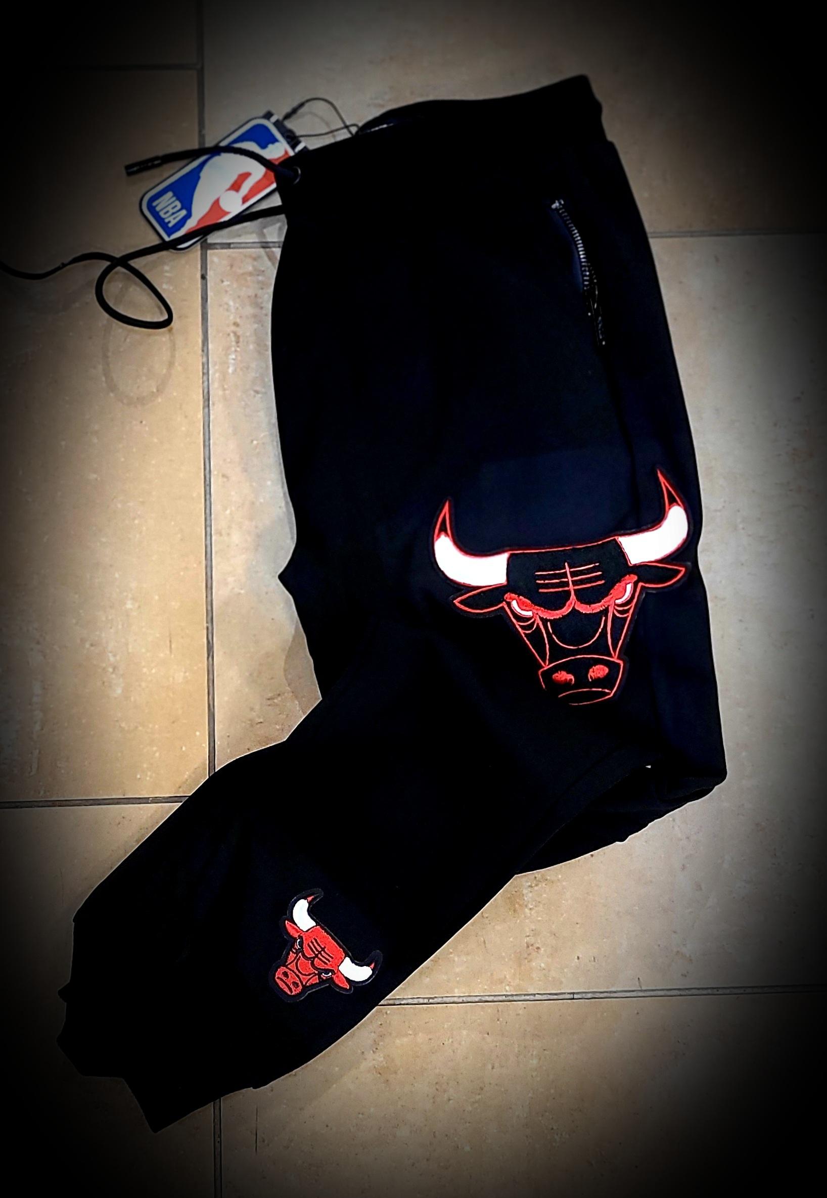 CHICAGO BULLS BLACK PANTS